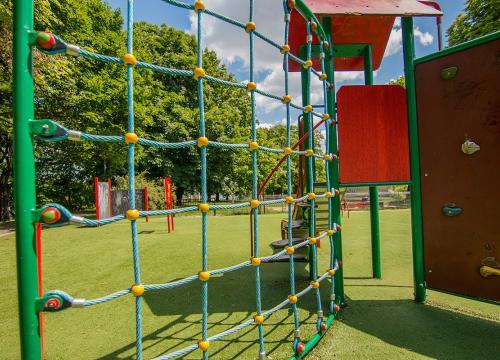 Plac zabaw w Parku Drwęskich!