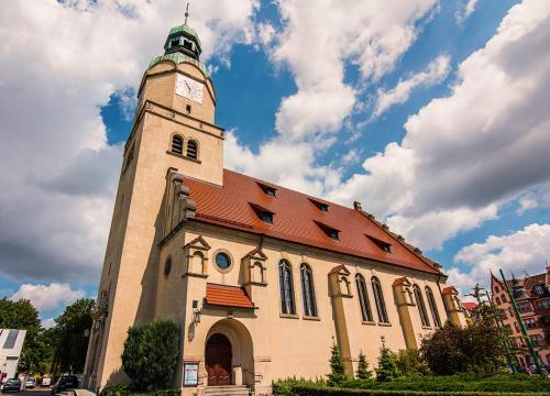 Kościół Maryi Królowej!